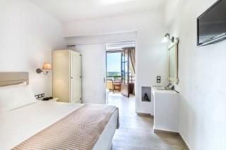 small-hotel-naxos-22