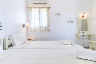 small-hotel-naxos-23